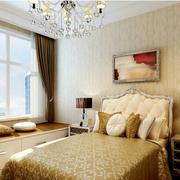 欧式风格卧室榻榻米装饰