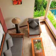 小型别墅简约风格阳台地砖装饰