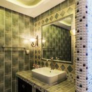 卫生间简约风格瓷砖装饰