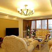 复式楼客厅石膏线装饰