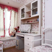 欧式田园风格卧室飘窗效果图