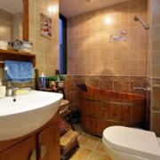 日式简约风格卫生间瓷砖装饰