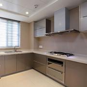 后现代风格厨房橱柜装饰