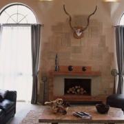 美式复古风格客厅飘窗装饰