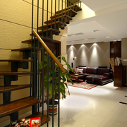 住宅跃层原木楼梯装饰