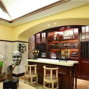 美式简约拱形酒柜装饰