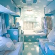 蓝色系卧室背景墙装饰