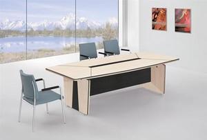 精致电脑办公桌装修设计