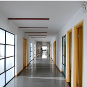 朴实现代办公室走廊吊顶设计