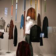 简约服装店展示设计