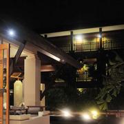 简约三居东南亚客厅装修设计