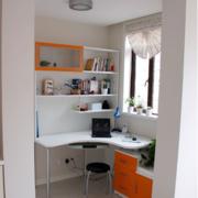 都市小书房桌柜装修设计