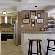 精致美式家庭吧台装修设计