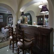大气美式家庭吧台装修设计