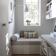 温馨欧式小书房装修