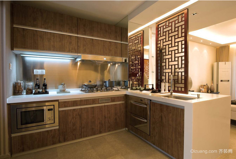大户型厨房橱柜设计效果图