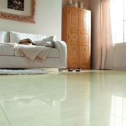 简约欧式客厅地板砖装修