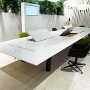 时尚电脑办公桌装修设计