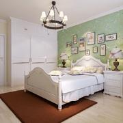 温馨地中海卧室设计