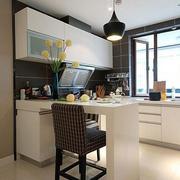 精致小户型开放式厨房装修
