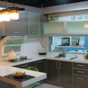 简约厨房橱柜装修设计