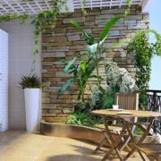 清新阳台折叠式餐桌装修设计