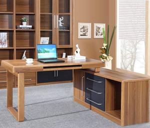 2015创意十足的新款电脑办公桌图片展示