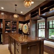 古典美式别墅飘窗装修设计