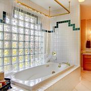 唯美卫生间瓷砖设计
