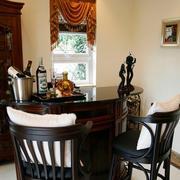 古典美式家庭吧台装修设计