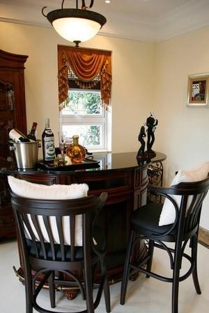2015美式家庭吧台装修效果图