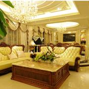 靓丽欧式别墅窗帘装修设计