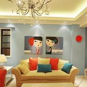 温馨欧式别墅客厅沙发墙设计