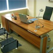 现代简约电脑办公桌装修