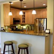 自然美式家庭吧台装修设计
