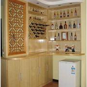 素雅欧式别墅酒柜设计