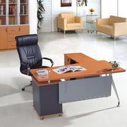 经典电脑办公桌装修设计