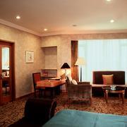 经典欧式三居主卧装潢设计