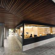 新颖办公室吊顶造型设计