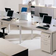 朴实现代电脑办公桌装修