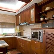 经典中式厨房橱柜装修设计