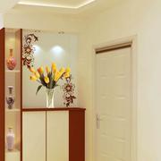 靓丽单身公寓室内鞋柜设计
