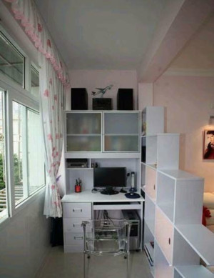 9平米单身公寓阳台书房装修设计效果图