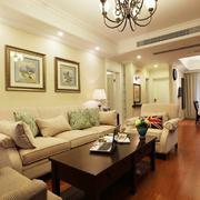 金碧辉煌客厅沙发背景装修设计