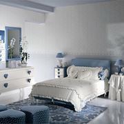 高档小卧室墙衣装修效果图