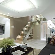 大气单身公寓客厅装修
