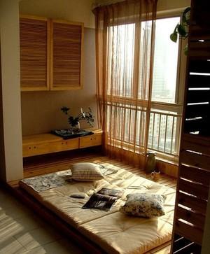 2015美式卧室榻榻米装修效果图