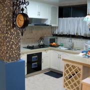 靓丽地中海开放式厨房装修