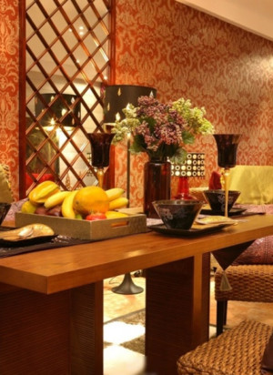 90平米餐厅家用餐桌装修效果图