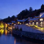 温泉设计夜景图